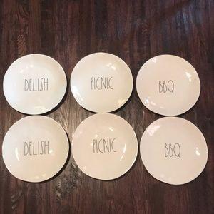 NWOT Rae Dunn Melamine 10 in Plates SET 6